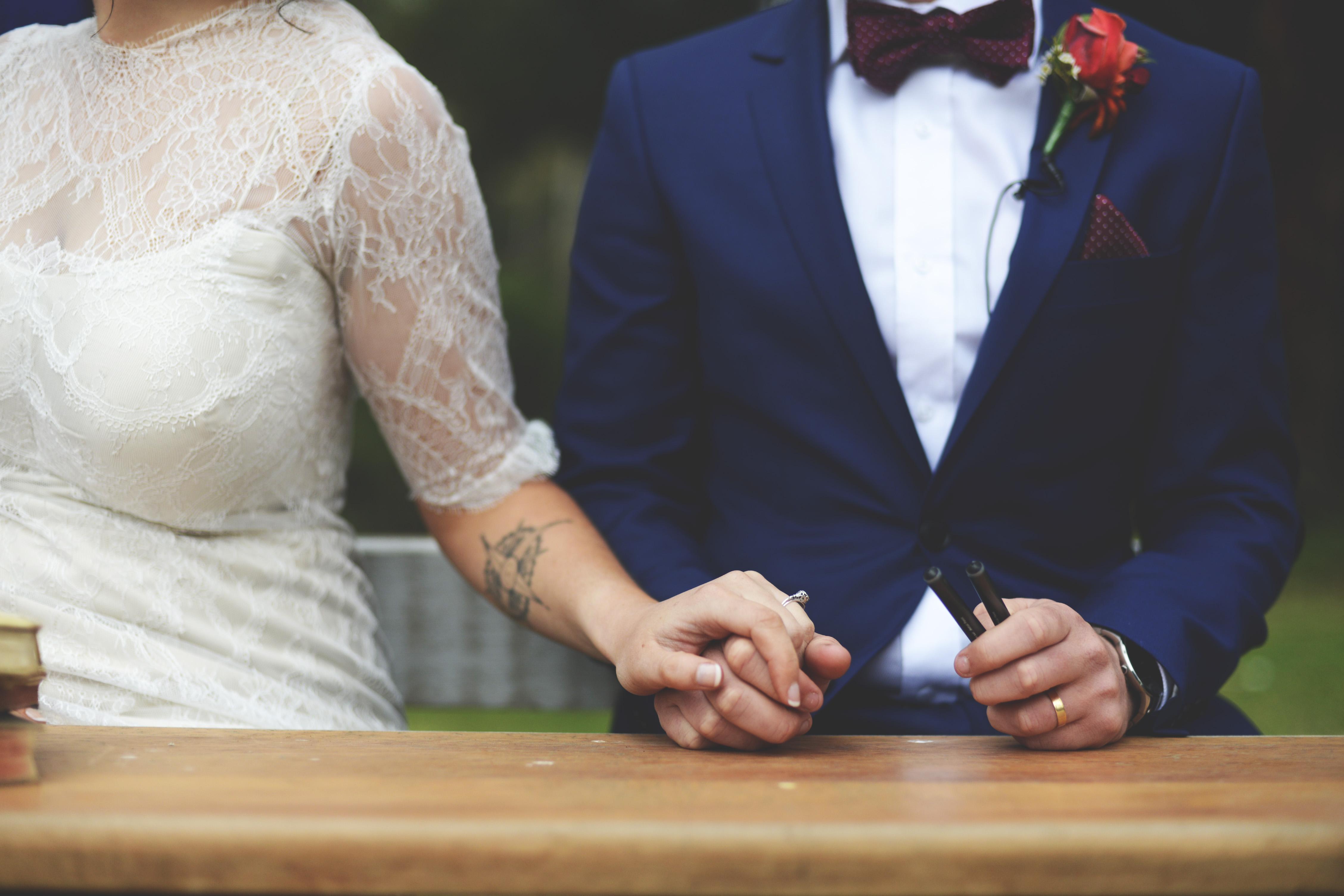 отлично брачный контракт фото югославии болгарии